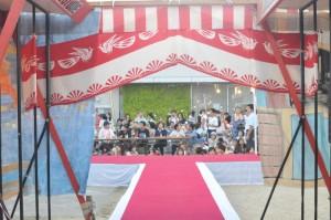 珍踊り2012、舞台袖からの風景